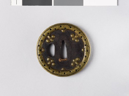 Tsuba with maples leaves and brass rimfront