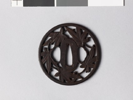Round tsuba with maple leavesfront