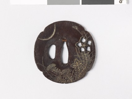 Mokkō-shaped tsuba with heraldic flower and crescent moonfront