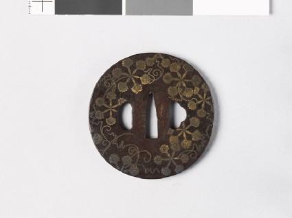 Round tsuba with heraldic leavesfront
