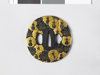 Tsuba with butterflies and mon crest of the Hori of Iidafront