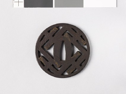 Round tsuba with L-shapesfront