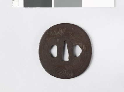 Tsuba with aster blossomsfront