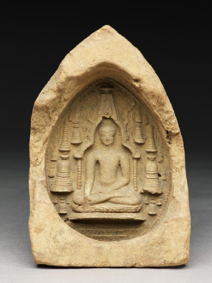 Votive plaque of the Buddha in the Mahabodhi templefront