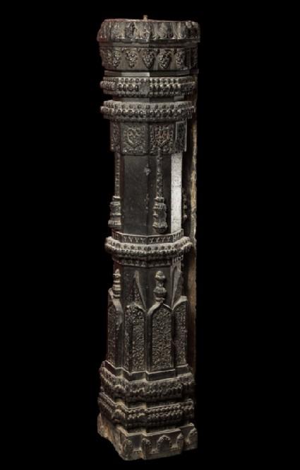 Stone pilasterside