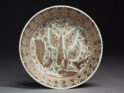 Plate with birds and treestop