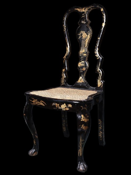 Lacquered chair with floral designoblique