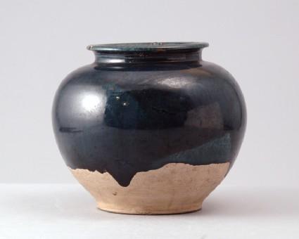 Jar with blue glazefront