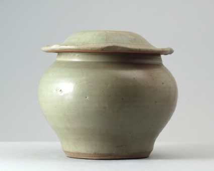 Greenware baluster jar and lidfront