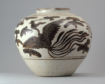 Cizhou type jar with a dragon and phoenixfront