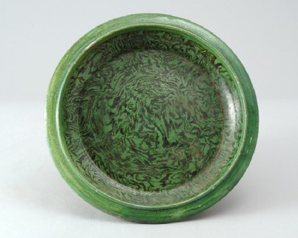 Dish with marbled decorationfront