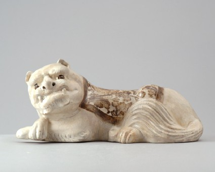 White ware pillow in the form of a lionfront