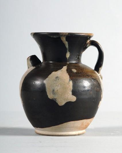 Huangdao black ware ewer with white splashesfront