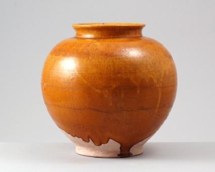 Jar with amber glazefront
