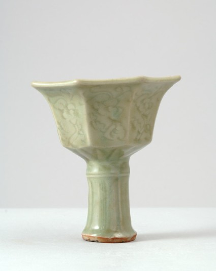 Greenware octagonal stem cup with floral decorationfront