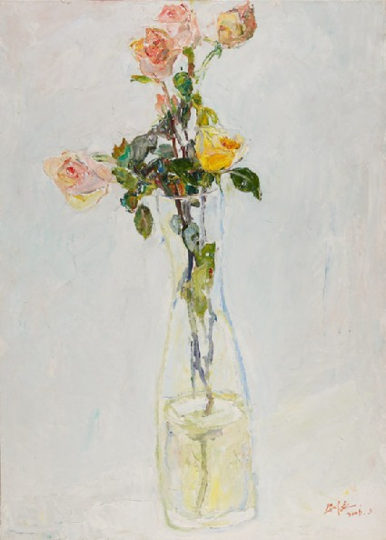 Roses in a glass vasefront